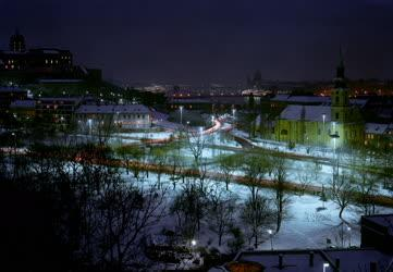 Budapest esti fényben