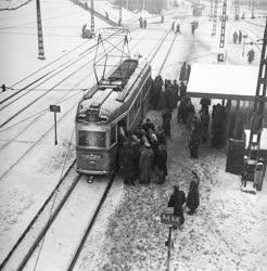 Közlekedés - A Moszkva tér hóesésben