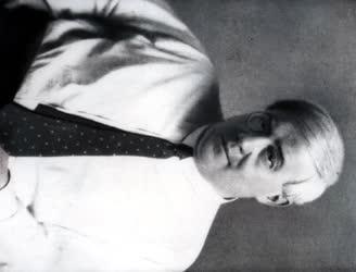 Magyar írók portréi - Molnár Ferenc