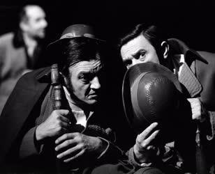 Színház - Stoppard: Rosencrantz és Guildenstern halott