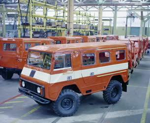 Ipar - Autógyártás - Volvo-kooperációval készült terepjáró