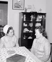 Külkapcsolat - Losonczi Pálné és Irena Svobodová találkozása