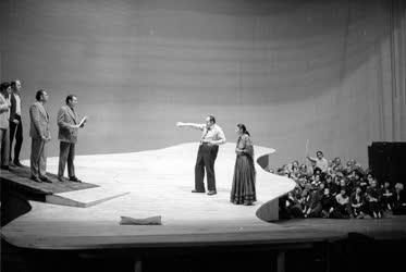 Sass Sylvia Liszt-díjas operaénekes