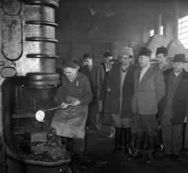 Ipar - Békés megyei gazdák látogatása az EMAG-ban