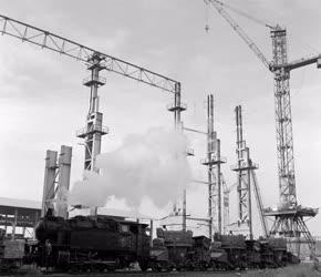 Ipar - Kokillákat hoz a vonat a Dunai Vasműbe
