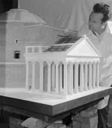 Szabadidő - Hobbi - Történelmi épületek makettjei