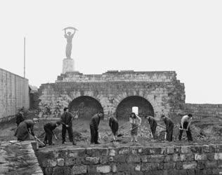 Kultúra - Restaurálás - A Citadella felújításának megkezdése