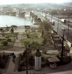Városkép - Budapest - Park a Margit hídnál