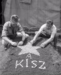 Építőipar - KISZ-tábor - A Hansági csatorna építése