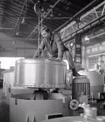 Ipar - Ipari centrifugák gyártása