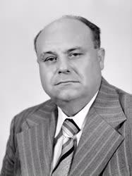Belpolitika - KNEB elnöke