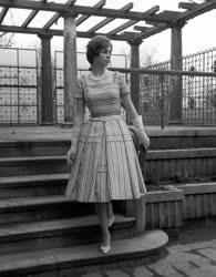 Divat - A Lipcsei Nemzetközi Vásárra készült nyári ruha