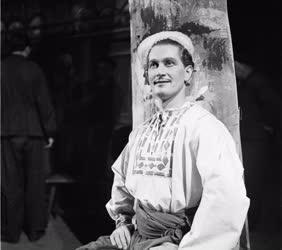 Kultúra - Opera - Simándy József operaénekes