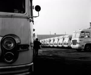Járműipar - Körséta az Ikarus Gyárban
