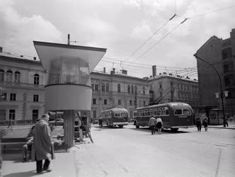 Városkép - Budapest - A Marx tér forgalma