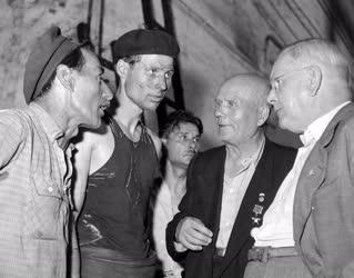 Külkapcsolat - Szovjet delegáció a Láng Gépgyárban