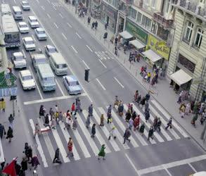 Városkép-életkép - Közlekedés - Kossuth Lajos utca