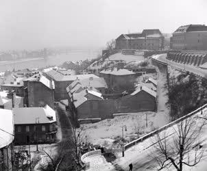 Városkép-életkép - Látkép a Várból télen