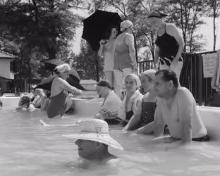 Gyógyfürdő - Zsóry Fürdő