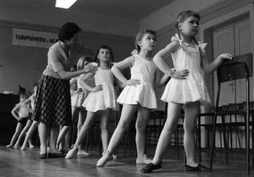 Oktatás - Tánc - Balettoktatás