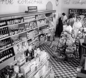 Kereskedelem - Önkiszolgáló bolt nyílt a csepeli új telepen