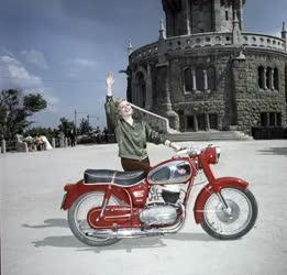 Közlekedés - Reklám - Pannónia motorkerékpár
