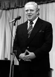 Béres Ferenc dalénekes