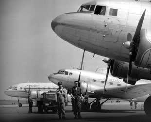 Életkép - Közlekedés - A Ferihegyi repülőtér