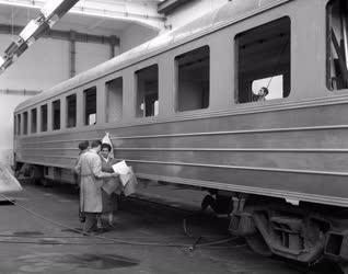 Járműipar - A Wilhelm Pieck Vagon-és Gépgyár új gyártmányai