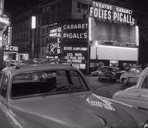 Párizs - Városkép - Pigalle