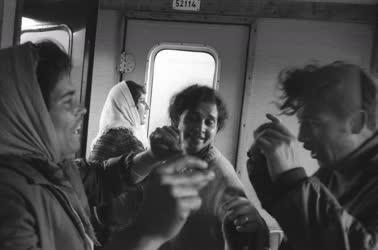 Utazás - Vonatozók