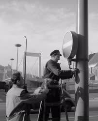 Közlekedés - Az Erzsébet híd felavatásával új forgalmi rend lép életbe