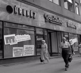 Városkép - Üzletek Budapesten