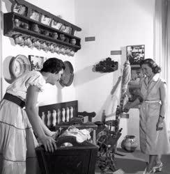 Népművészet - A Gyöngyösi Múzeum
