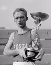 Sport - Havasi István, a Budapesti Postás SE versenyzője