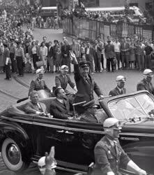 Tudomány - Űrhajózás - Gagarin ünneplése Budapesten