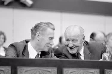 Belpolitika - Lázár György és Kádár János