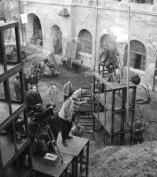 Kultúra - Filmforgatás - Négyen az árban