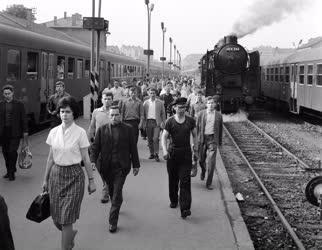 Életkép - A Déli pályaudvar