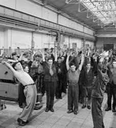 Ipar - Sport - Üzemitorna a Ganz-Mávag Gyárban