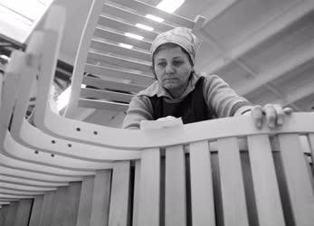 Ipar - A Budapesti Bútoripari Vállalat székei