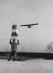 Mezőgazdaság - Repülőgépes műtrágya szórás