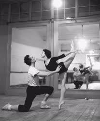 Kultúra - Balett - Párizs lángjai