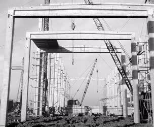 Ipar - A Tiszavidéki Vegyikombinát építése