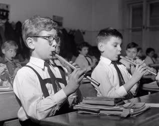 Oktatás - Készülődés az Éneklő Ifjúság hangversenyre