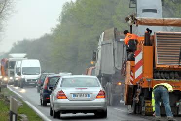 Környezetvédelem - Hordalék gyűlik Szegednél
