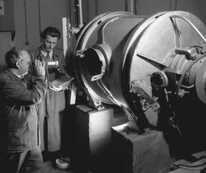 Tudomány - Ipartörténet - Magnézium-előállítási kísérletek a Fémipari Kutatóintézetben