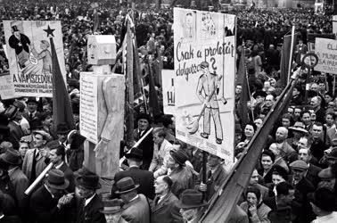 Belpolitika - Az első szabad május elseje Budapesten