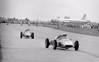 Sport - Nemzetközi gyorsasági autóverseny