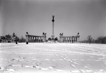 Városkép-életkép - Hősök tere télen